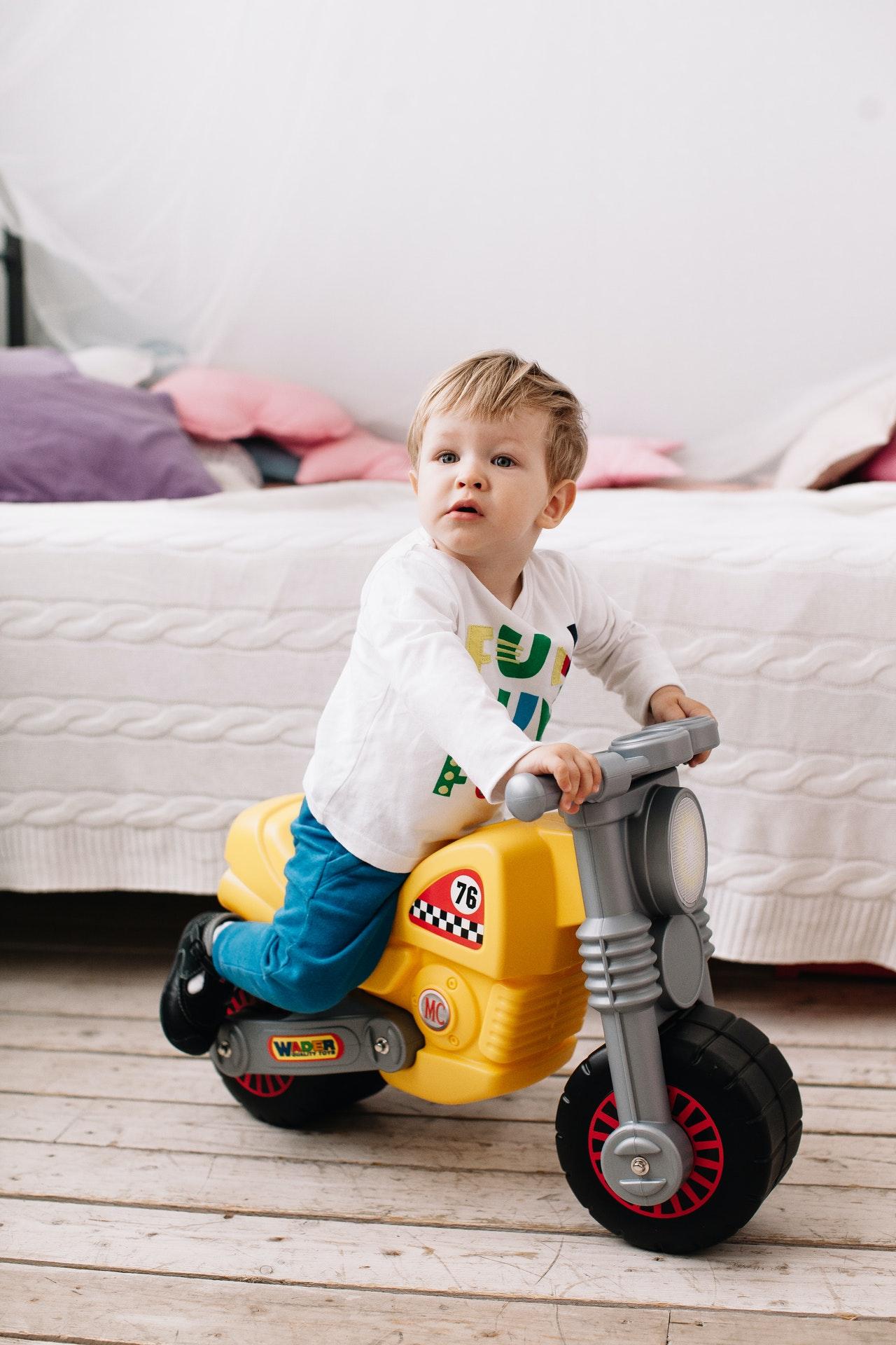 moto électrique enfant